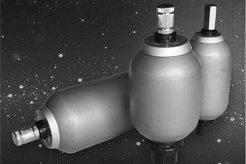 皮囊式蓄能器的原理、优缺点及用途介绍