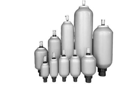 皮囊式蓄能器压力严重下降和使用寿命短的原因