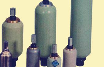 蓄能器在风力发电中的使用及推广