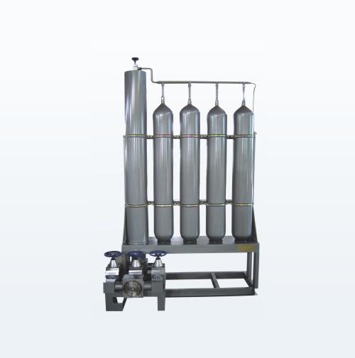 活塞式蓄能器站
